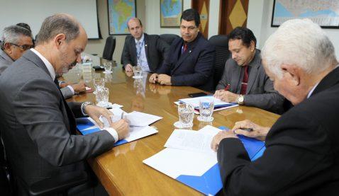 Unit celebra retomada do FIES com convênio com BNB