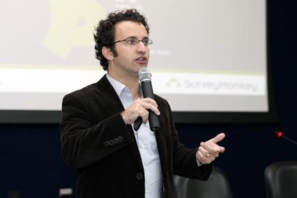 Unit promove palestra com Gerente Geral da SurveyMonkey no Brasil