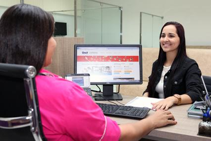 Unit Carreiras auxilia alunos e profissionais para sucesso na profissão
