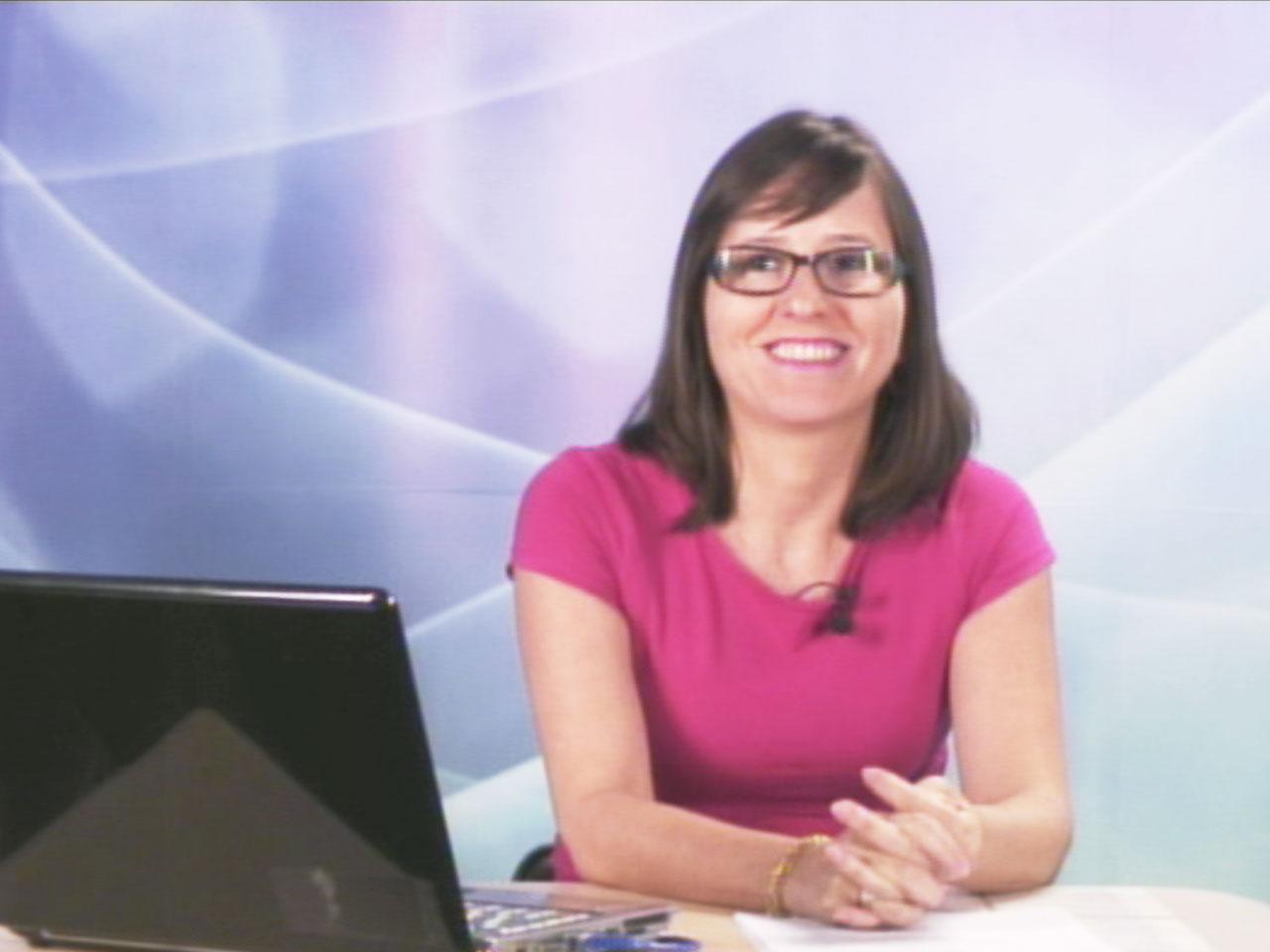Professora Angélica Piovesan durante gravação das videoaulas