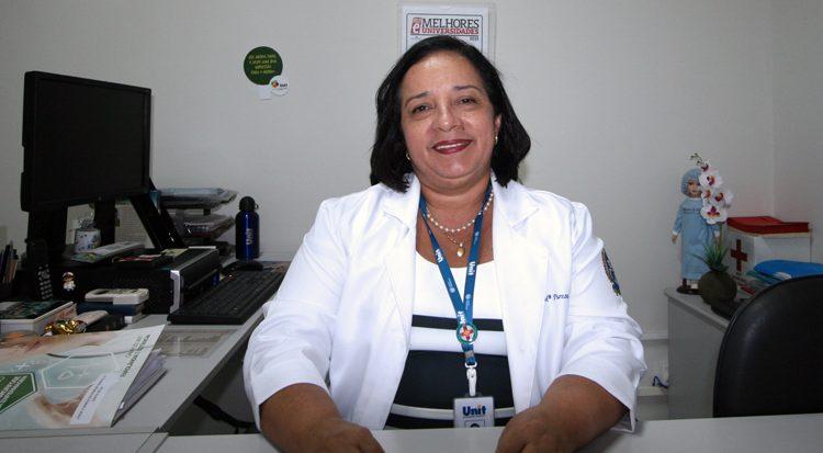 Na coordenação do curso, a professora Maria Pureza