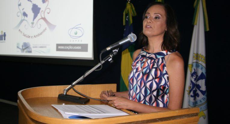 Dra. Cláudia Moura de Melo, afirma que a interdisciplinaridade é indispensável