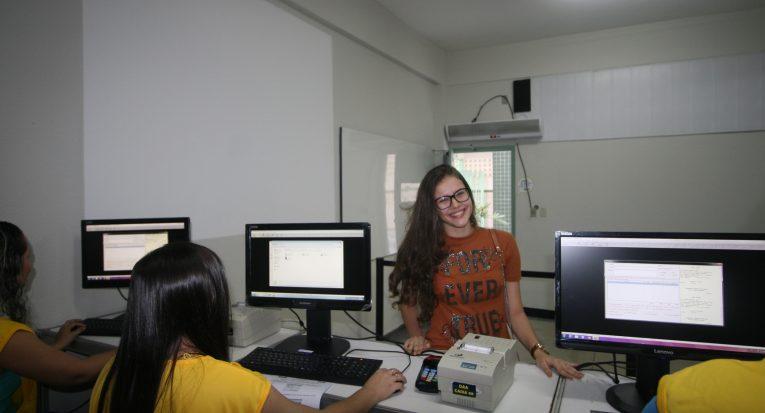 Mariana Guimarães de Souza Melo escolheu Odontologia e a Unit por ser a melhor instituição