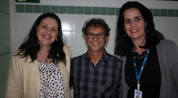 Os doutores  Margarete Zanardo Gomes,  João Carlos Palazzo e Juliana Cordeiro