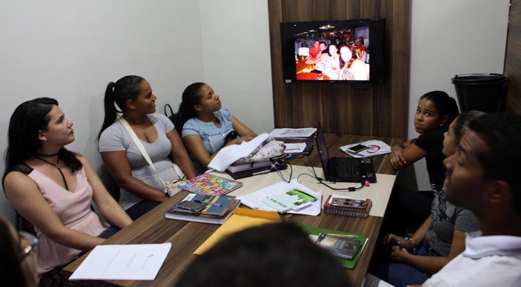 Durante a reunião os rondonistas se familiarizam com as ações