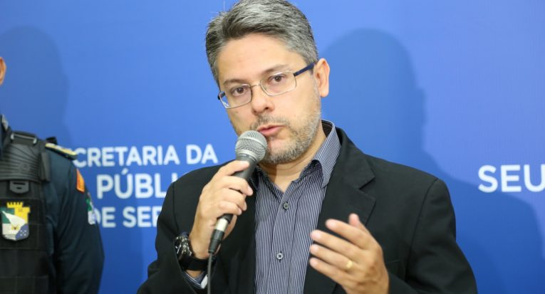 Delegado Alessandro Vieira também será debatedor