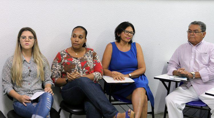 Na roda de conversa profissionais discutem sobre o abuso sexual