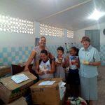 Unit entrega último lote de alimentos arrecadados na Semex