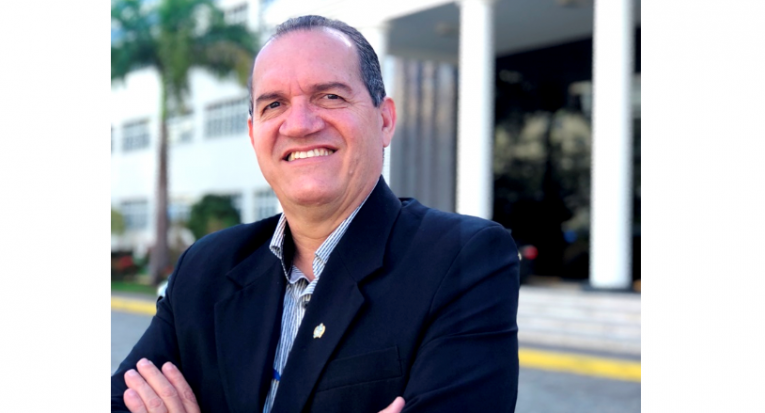Pró-Reitor Administrativo e Financeiro da Unit, professor Josenito Oliveira, explica as novas regras do Fies 2018.2