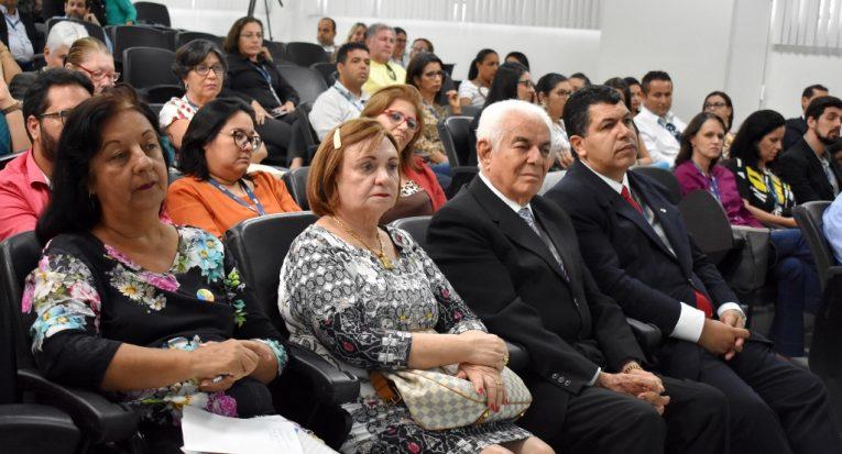 Gestores e representantes da sociedade civil participaram da roda de conversa