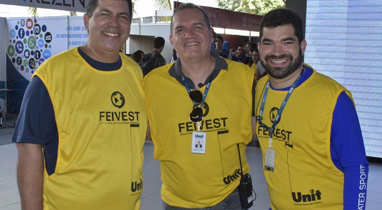 Na linha de frente do sucesso institucional os professores Saumíneo da Silva Nascimento (Superintendente), Josenito Oliveira Santos (Pró-reitoria Administrativo  e Financiero) e  Evandro Neto (Marketing)