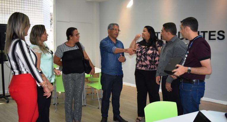 Prefeito de Japoatã e sua equipe visitam a Unit para conhecer as instalações e estrutura do Google for Education