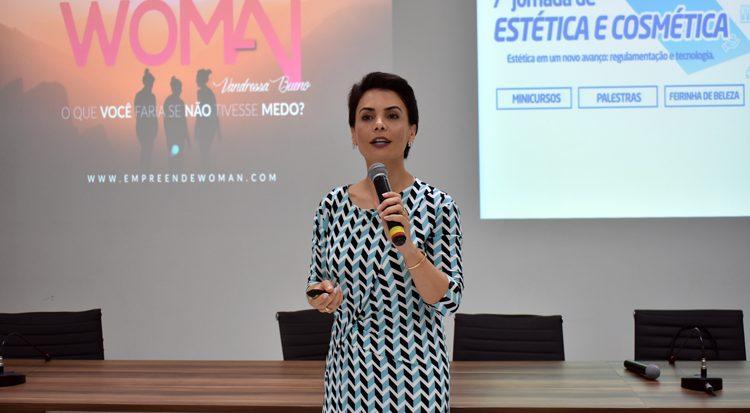 A experiência em equipe é uma sugestão de  Vandressa Bueno para o sucesso