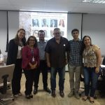 Universidade prepara colaboradores para atender alunos estrangeiros