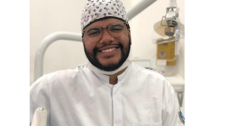 Lucas Bezerra está concluindo sua graduação em Odontologia por meio do FIES