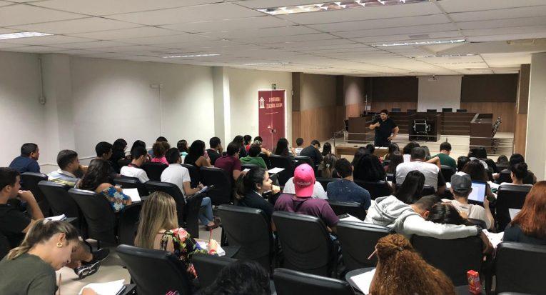 Evento será realizado em Aracaju e Itabaiana. Inscrições são realizadas no Magister e participantes devem levar um quilo de alimento não perecível no dia da revisão