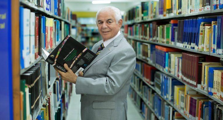 Professor Uchôa será homenageado na criação e posse do Conselho Regional de Fisioterapia