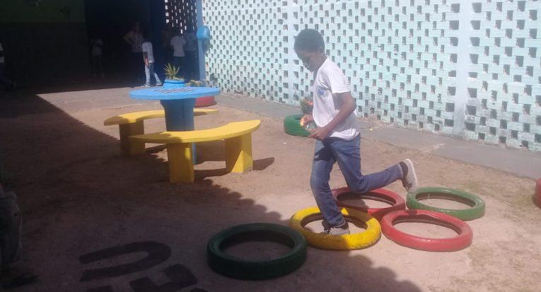 Escola municipal de Aracaju tancredo Neves recebeu melhorias por meio de ação de alunos de Designer de Interiores