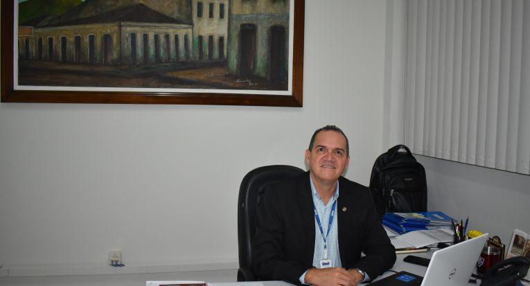 O pró-reitor administrativo e financeiro da Unit, Josenito Oliveira, informou que é salutar a participação no concurso