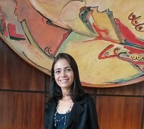 Rose se graduou em Serviço Social pela Unit EAD em 2013