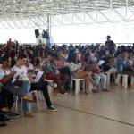 Milhares de visitantes participam da revisão do Enem durante a Feivest