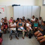 Ação de prevenção reúne mulheres em unidade de saúde