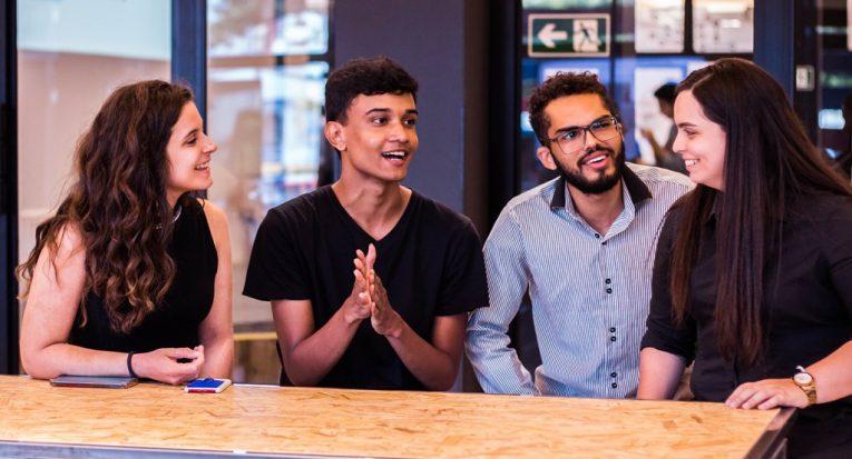 Equipe vencedora (Foto: Mangue Criativo/Tiradentes Innovation Center)