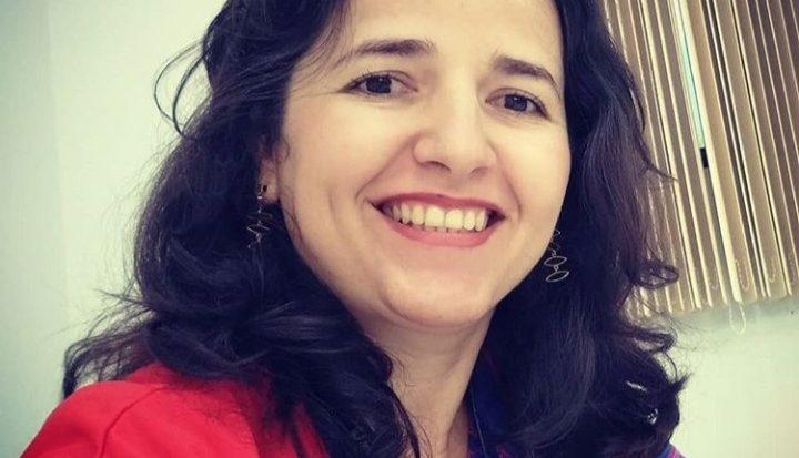 Professora de Engenharia Elétrica, Denise de Jesus
