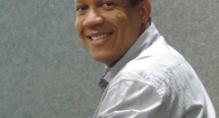 Prof Anderson da Conceição Santos Sobral é doutor em  Geociências