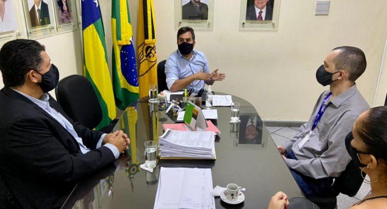 Reunião entre CRF e Unit (Foto: Asscom CRF/SE)