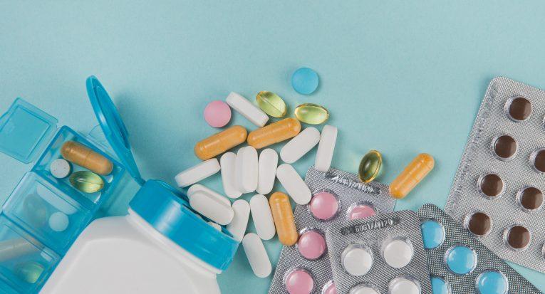Artigo de lei que prorrogava validade de patentes de medicamentos foi suspensa por liminar do STF <a href='https://br.freepik.com/fotos/medico'>Médico foto criado por freepik - br.freepik.com</a>